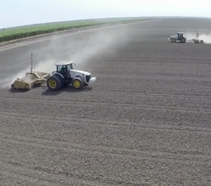 Planage automatique du sol par laser ou GPS RTK